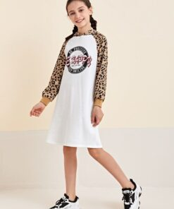 SHEIN Girls Leopard Panel Letter Graphic Sweatshirt Dress