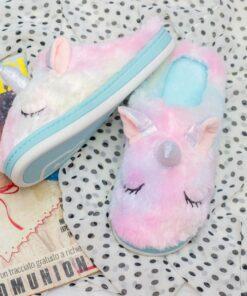 Unicorn fluffy slippers (kids)